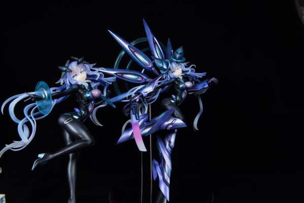 新次元游戏 海王星VII 紫色之心 全副武装Ver.