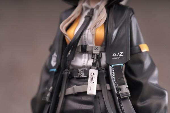 A-Z:[D]